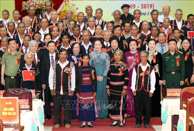 Nêu cao tinh thần đoàn kết, tích cực vận động nhân dân xây dựng và bảo vệ Tổ quốc