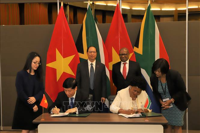 Nam Phi - Việt Nam cần tiếp tục nỗ lực mở rộng quan hệ thương mại