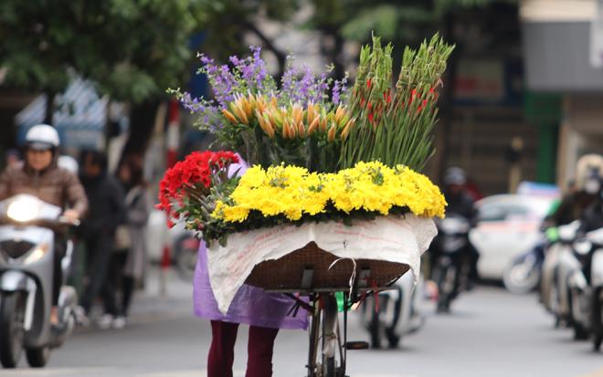 Bắc Bộ giảm mưa trời hửng nắng, Nam Bộ tiếp tục nắng nóng