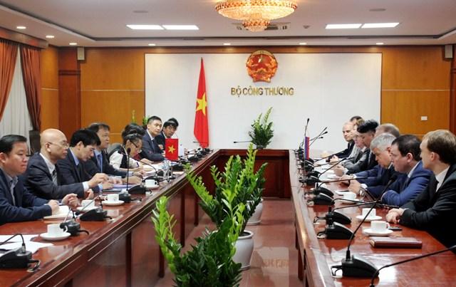 Thúc đẩy hợp tác thương mại với Liên bang Nga