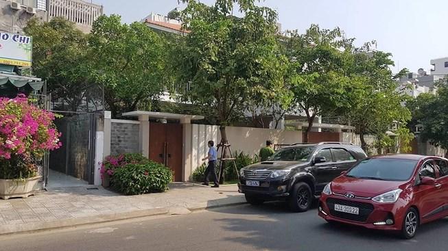 Khởi tố, khám nhà nguyên Phó Chủ tịch UBND TP Đà Nẵng Nguyễn Ngọc Tuấn