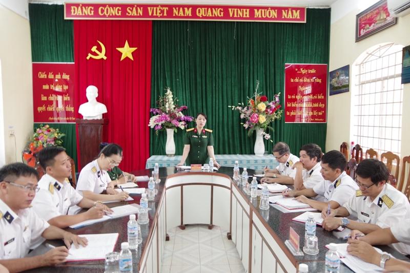 Tổng cục Chính trị và Cục Chính trị Hải quân thăm và kiểm tra nhà trẻ Căn cứ 696