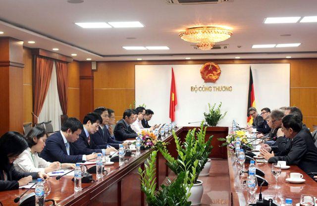 Tạo môi trường cạnh tranh bình đẳng giữa doanh nghiệp Việt Nam và doanh nghiệp Đức