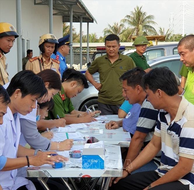 Phát hiện thêm tài xế xe container dương tính ma túy ở cảng Phú Hữu, Thành phố Hồ Chí Minh