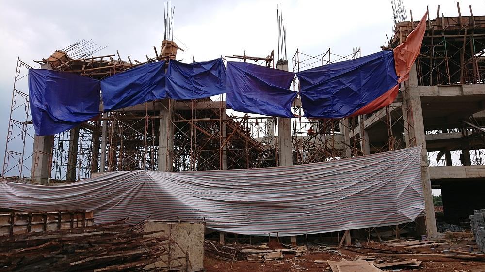 Đắk Lắk: Sập giàn giáo công trình đang thi công làm 8 người bị thương