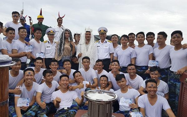 Độc đáo Lễ Vượt đường xích đạo trên tàu buồm