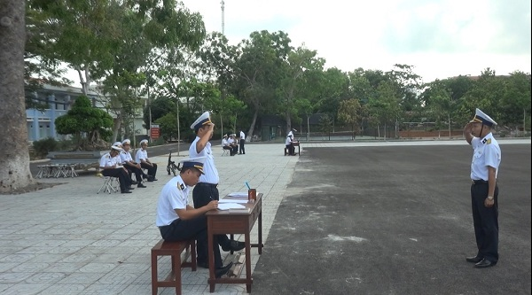 Lữ đoàn 171, Vùng 2 Hải quân thi cán bộ huấn luyện điều lệnh giỏi