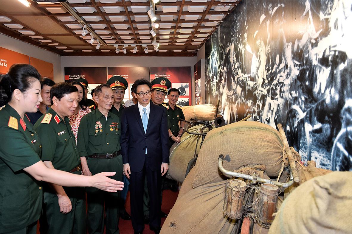 Tri ân dân công hỏa tuyến trong chiến dịch Điện Biên Phủ