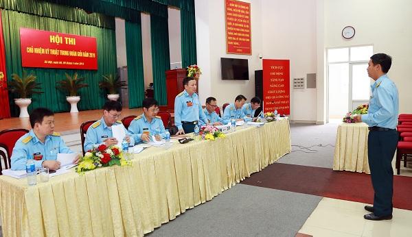 Điểm sáng trong hội thi Chủ nhiệm kỹ thuật trung đoàn giỏi
