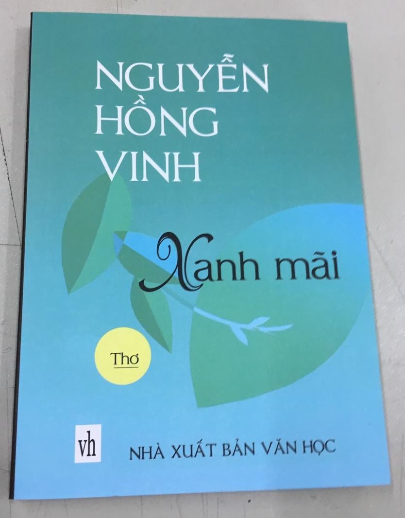 Nguyễn Hồng Vinh: Một hồn thơ trẻ trung, đằm thắm