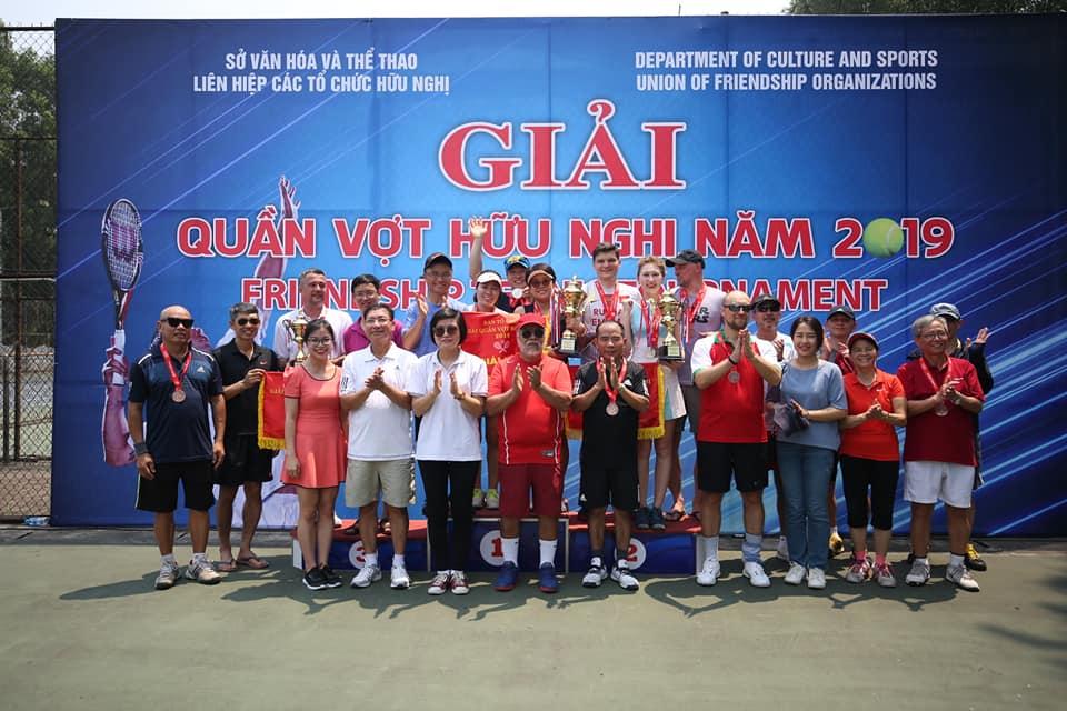 Sôi nổi Giải Quần vợt hữu nghị 2019 tại Hà Nội