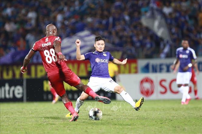 Thắng Thành phố Hồ Chí Minh, Hà Nội vươn lên dẫn đầu V.League 2019