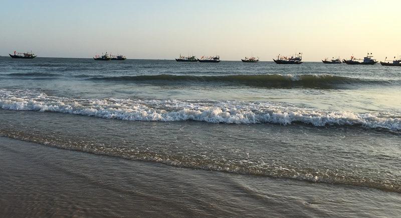 Bình Thuận đẩy mạnh vươn khơi bám biển gắn với bảo vệ chủ quyền biển, đảo