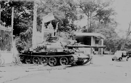 Phát huy nhân tố con người  trong cuộc Tổng tiến công và nổi dậy mùa xuân 1975