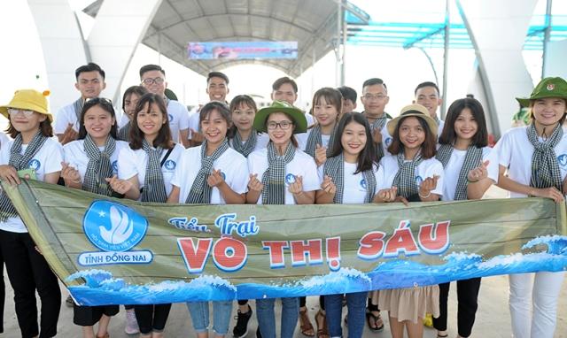 """Sinh viên Việt Nam: """"Tiếp bước những người anh hùng"""""""