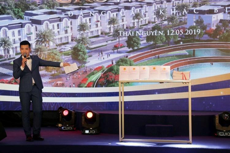 Chính thức mở bán Khu đô thị Crown Villas