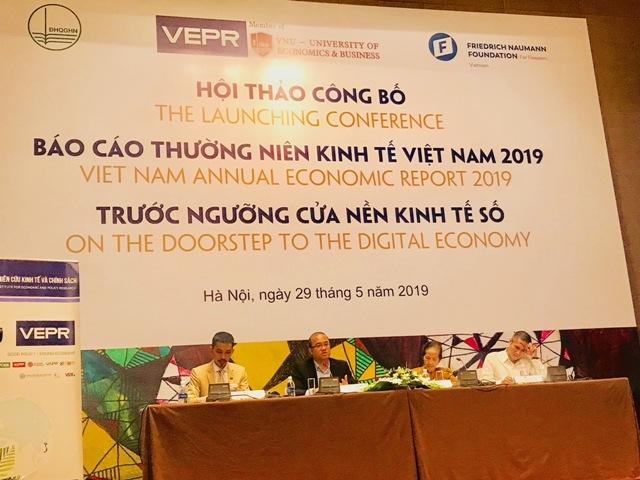 Công bố Báo cáo thường niên kinh tế Việt Nam 2019