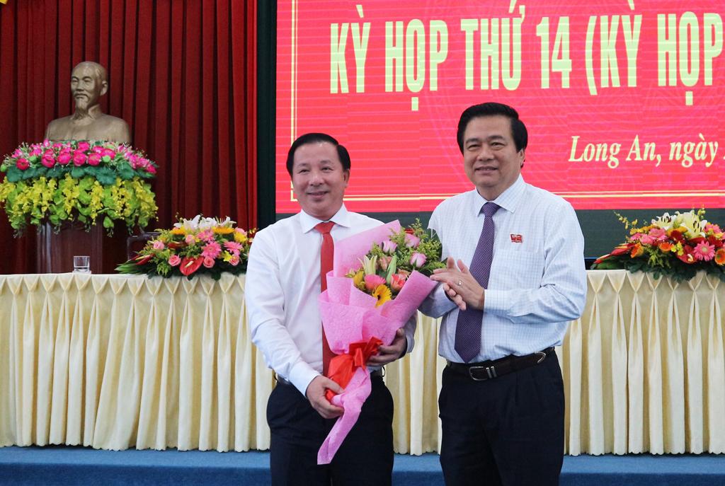 Đồng chí Nguyễn Văn Út được bầu làm Phó Chủ tịch UBND tỉnh Long An