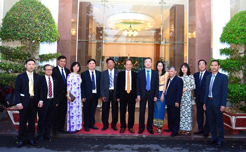 Đoàn đại biểu Ban Tuyên huấn Trung ương Đảng Nhân dân Campuchia thăm và làm việc tại Việt Nam
