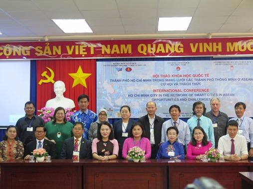 Tìm giải pháp xây dựng TP.Hồ Chí Minh trở thành thành phố thông minh