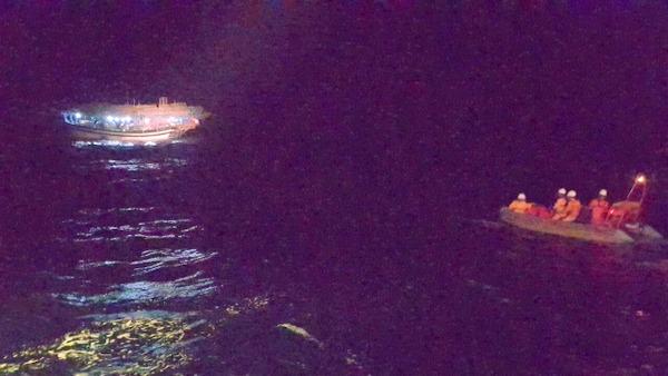 Kịp thời cứu nạn ngư dân bị bệnh nguy hiểm trên khu vực biển miền Trung