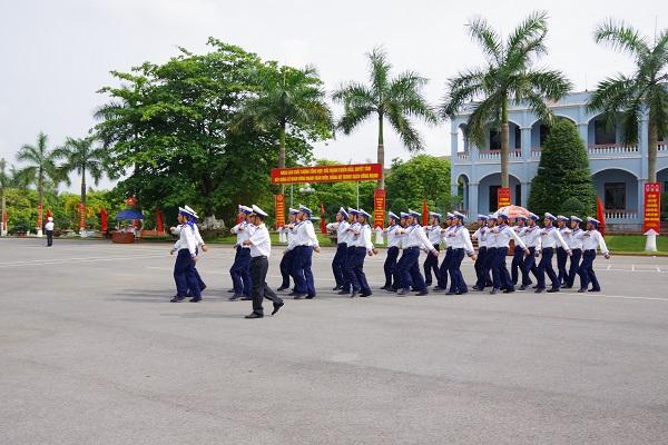 Hội thi Cán bộ huấn luyện điều lệnh giỏi Quân chủng Hải quân năm 2019