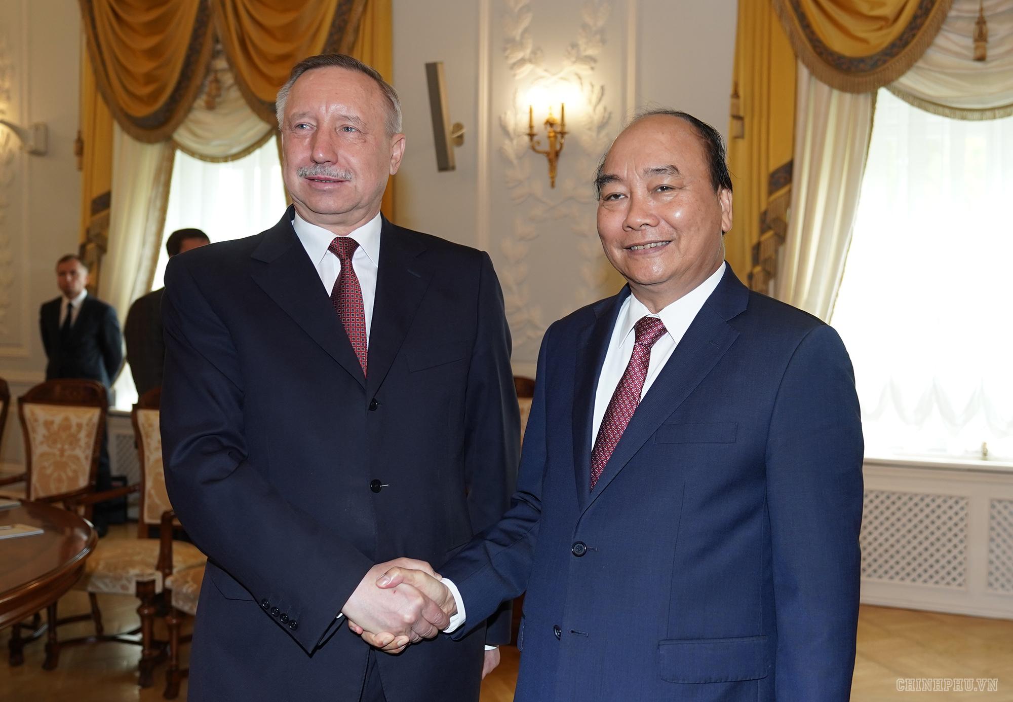 Thủ tướng Nguyễn Xuân Phúc thăm thành phố Saint Peterburg