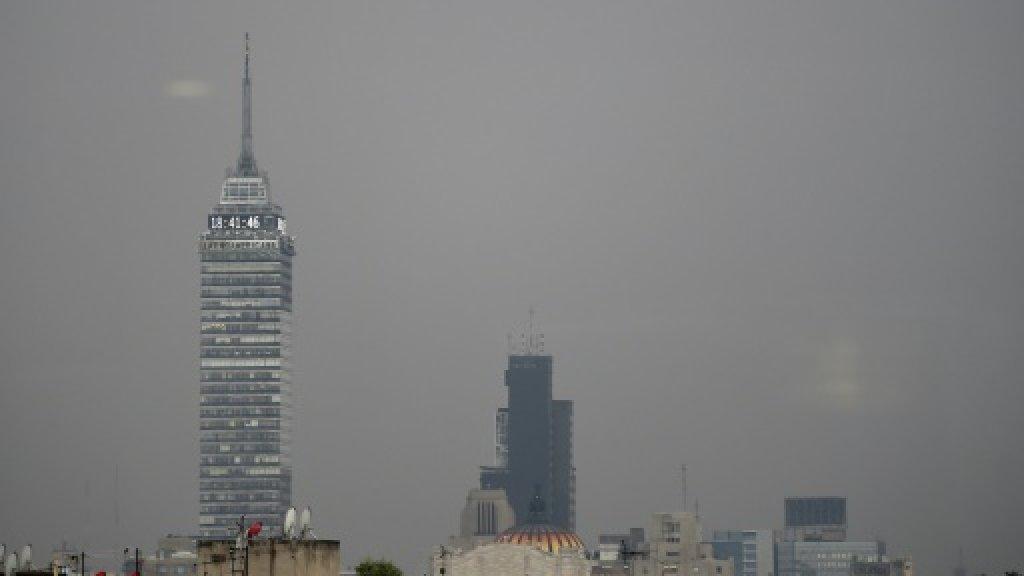 Học sinh ở thủ đô Mexico phải nghỉ học do ô nhiễm không khí