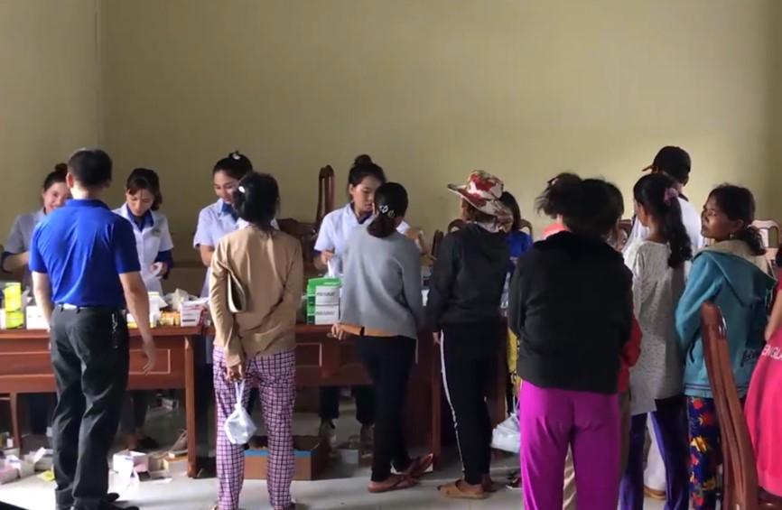 500 người nghèo ở Gia Lai được khám bệnh, cấp phát thuốc miễn phí