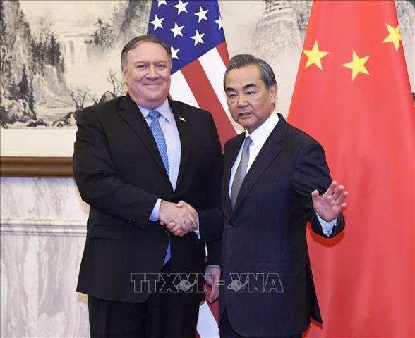 Trung Quốc kêu gọi Mỹ tránh gây tổn hại thêm quan hệ song phương