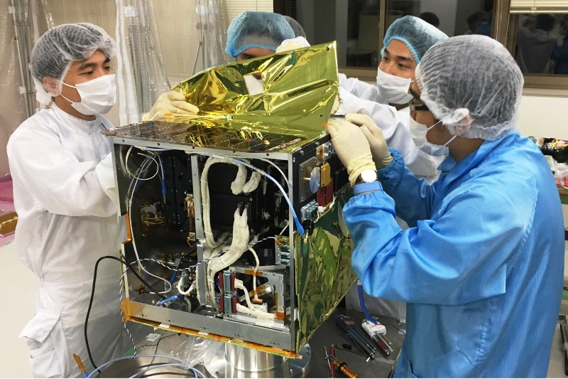 """Phát huy sức mạnh tập thể chế tạo những vệ tinh """"Made in Vietnam"""""""