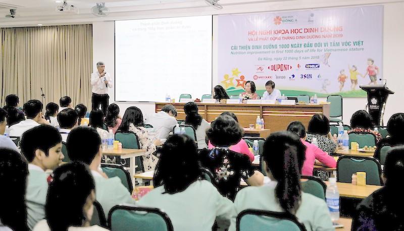 Cải thiện dinh dưỡng 1000 ngày đầu đời vì tầm vóc Việt