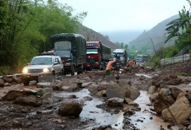 Các tỉnh miền núi Bắc Bộ có nơi mưa rất to, nguy cơ cao xảy ra lũ quét và sạt lở đất