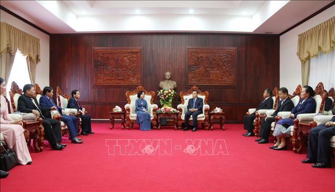 Tăng cường hợp tác giữa Ban Dân vận Trung ương và UBTW Mặt trận Lào Xây dựng đất nước