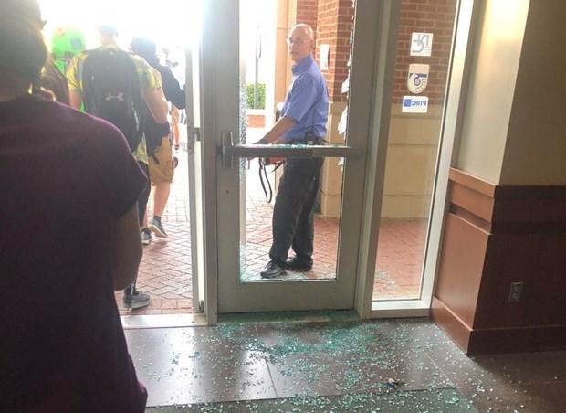 Mỹ: nhiều người thương vong trong vụ nổ súng tại Đại học North Carolina