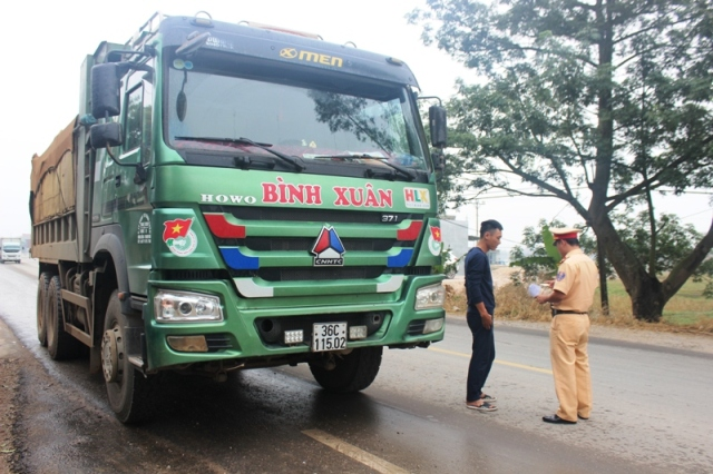 Thanh Hóa: Mở đợt cao điểm tuần tra kiểm soát an toàn giao thông  