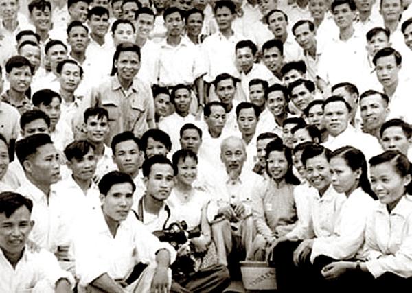 Thấm nhuần tư tưởng Hồ Chí Minh về báo chí cách mạng