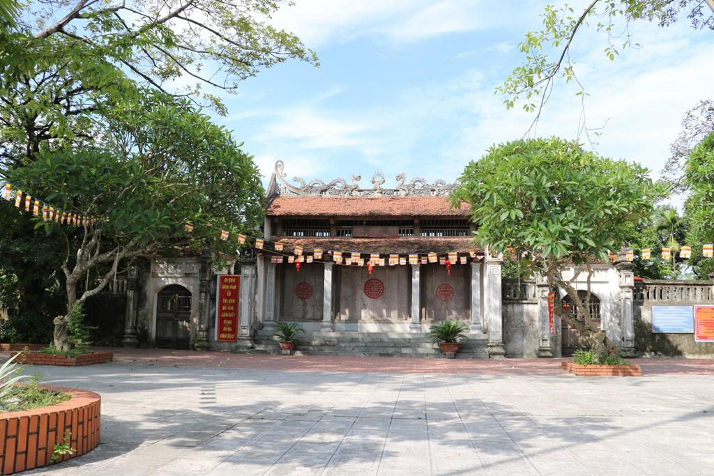 Vãn cảnh chùa Bà Đanh