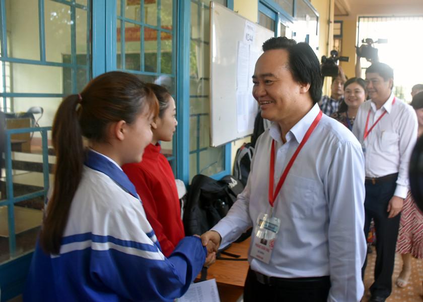 Bộ trưởng Phùng Xuân Nhạ: Cần tạo tâm lý thoải mái cho thí sinh