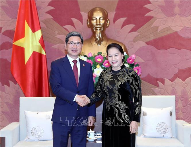Tăng cường giao lưu, thúc đẩy hợp tác Việt Nam - Hàn Quốc