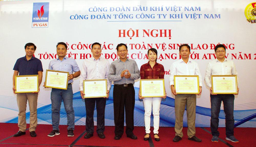 PV GAS sôi nổi cuộc thi trực tuyến các kiến thức cơ bản cho ATVSV