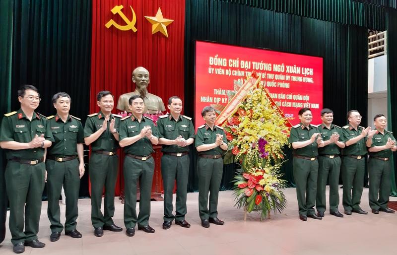 Tiếp tục phát huy truyền thống vẻ vang của báo chí Quân đội