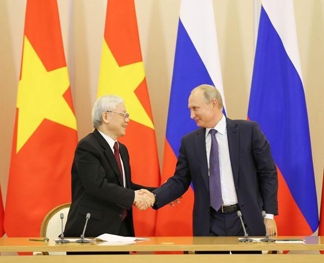 Tổng Bí thư, Chủ tịch nước gửi điện mừng nhân dịp kỷ niệm Quốc khánh LB Nga