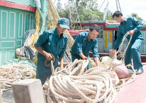 Phát huy tốt vai trò của lực lượng dân quân tự vệ biển