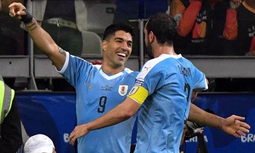 Uruguay đại thắng khi ra quân tại Copa America