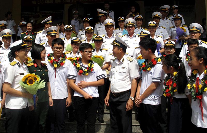 Quân chủng Hải quân biểu dương gia đình quân nhân tiêu biểu