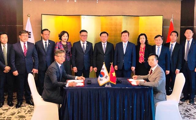 Đẩy mạnh hợp tác nghiên cứu và sản xuất nguyên liệu sinh học phân hủy hoàn toàn tại Hàn Quốc