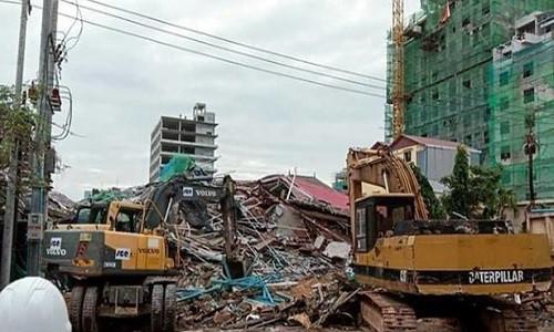 Sập tòa nhà 7 tầng ở Campuchia