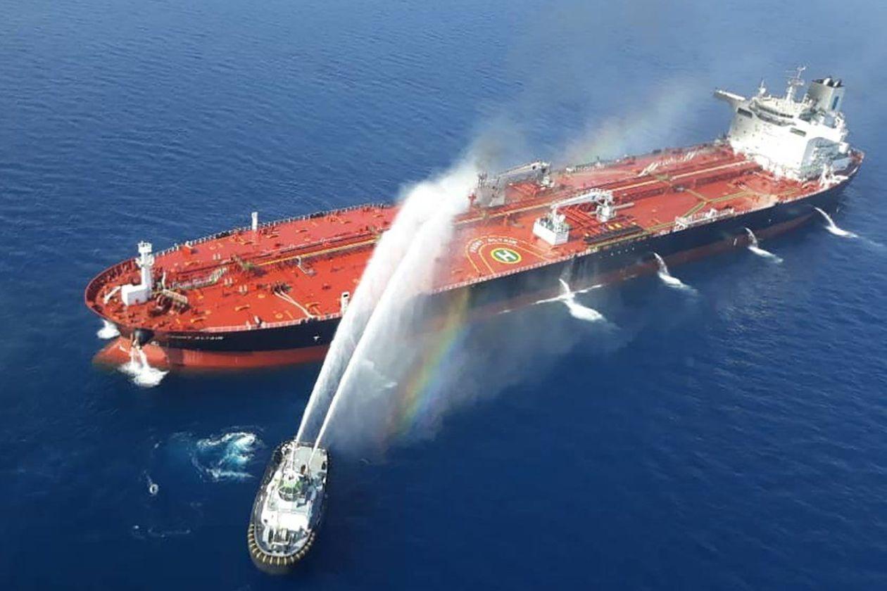 Những diễn biến mới xung quanh vụ tấn công hai tàu chở dầu trên biển