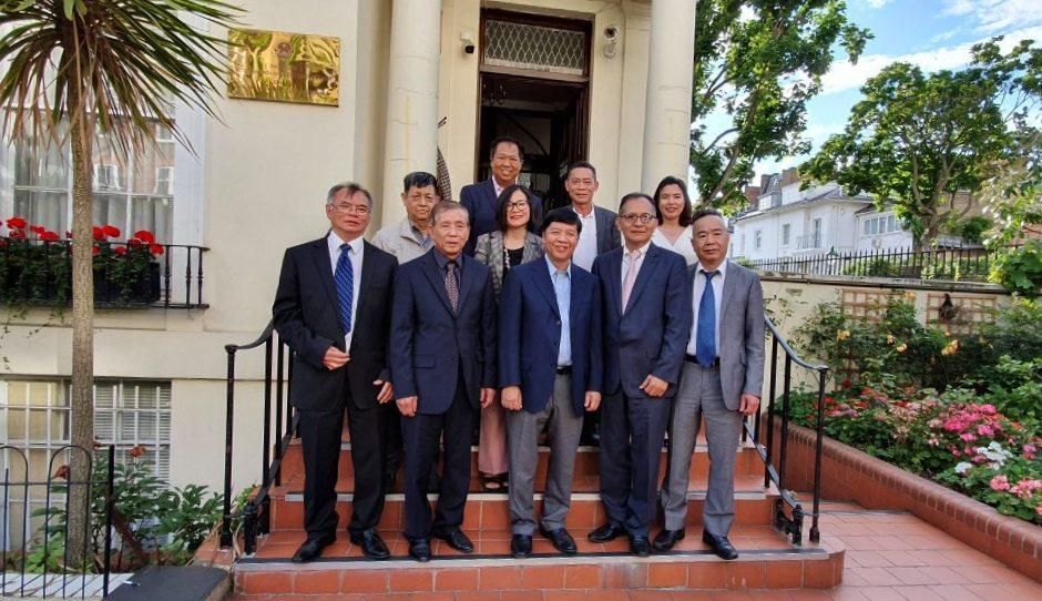 Thúc đẩy việc thành lập Hội trí thức Việt Nam tại Anh